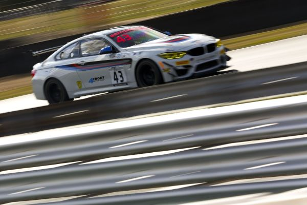 British GT4 : Century BMWs unstoppable at Brands Hatch