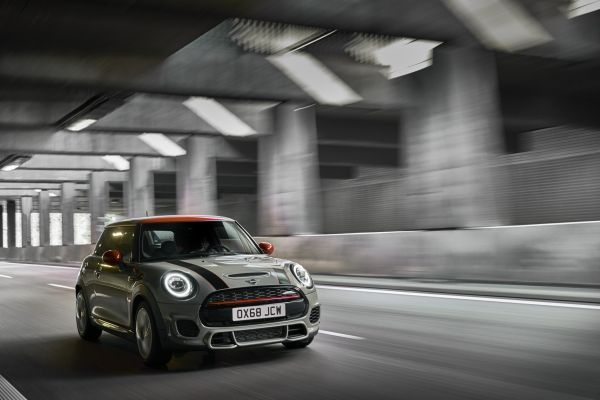 MINI John Cooper Works and MINI John Cooper Works Convertible now also meet Euro 6d-TEMP emissions standard.