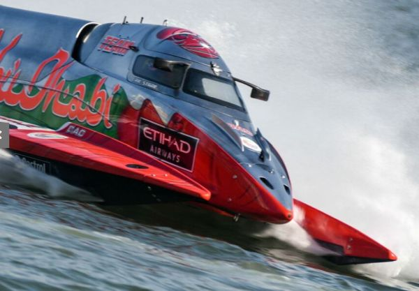 Team Abu Dhabi's Erik Stark wins Sharjah GP - teammate Shaun Torrente F1H2O World Title