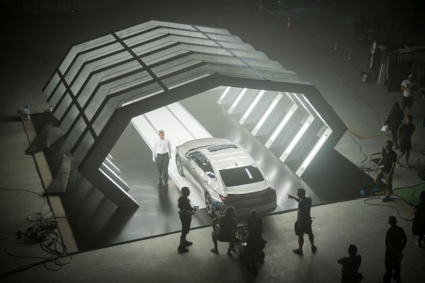 Lexus launches the all-new ES