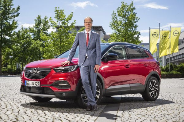 Opel Looks Ahead to 2019 - Big Anniversary and Electrification