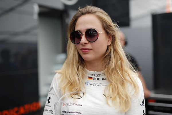Sophia Flörsch to contest the 2019 Formula European Masters season