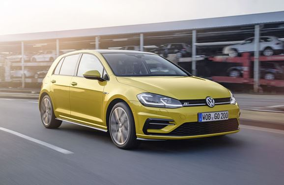 "up!, Polo and Golf are the winners in the ""Best Cars 2019"" Reader's Choice Awards"