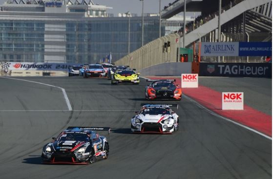 KCMG Nissan GT-R's strong pace goes unrewarded in Dubai 24h
