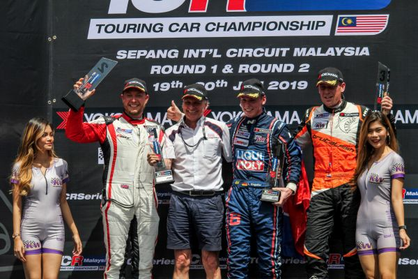 TCR Malaysia @ Sepang - Luca Engstler makes the double