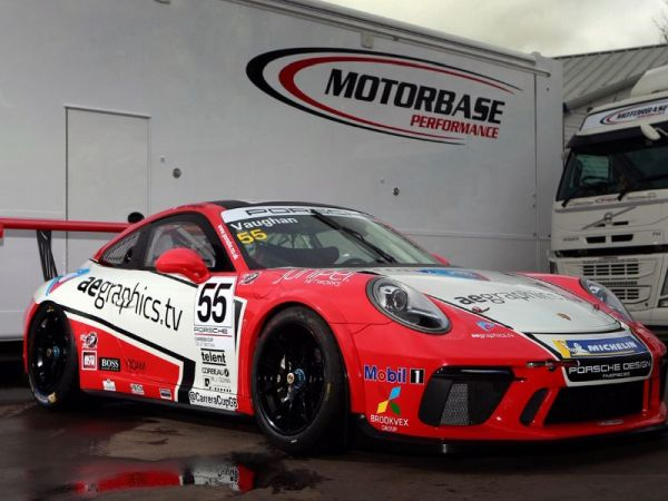 Motorbase Performance set for Carrera Cup GB Pro Challenge with Plato and Vaughan