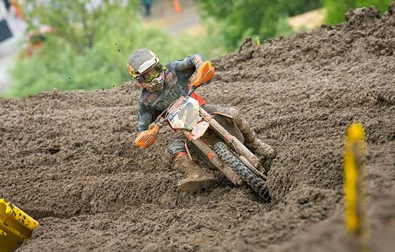 Red Bull KTM battles through tough conditions at MX season opener