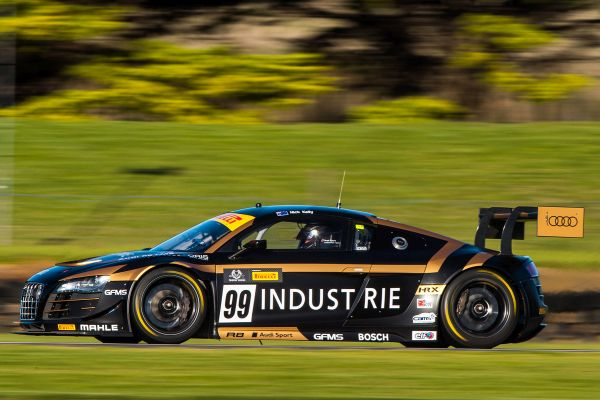 Reigning champion leads strong Australian GT Trophy Series field at AGP