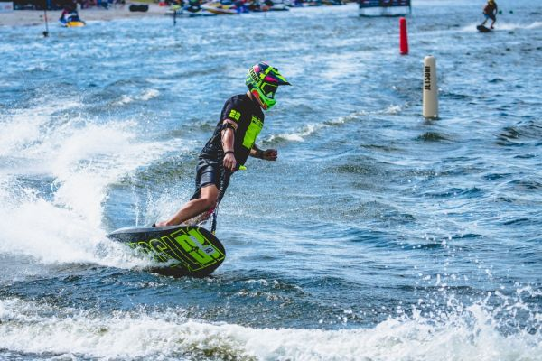 Abu Dhabi sets new stage for UIM Motosurf World Cup