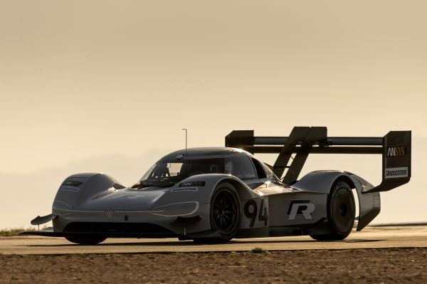 Full speed ahead for the continuing development of the Volkswagen ID. R