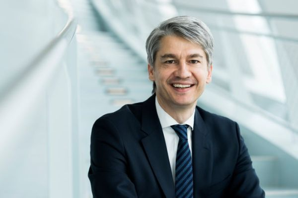 Benedikt Schell to become the new CEO of Mercedes-Benz Bank AG