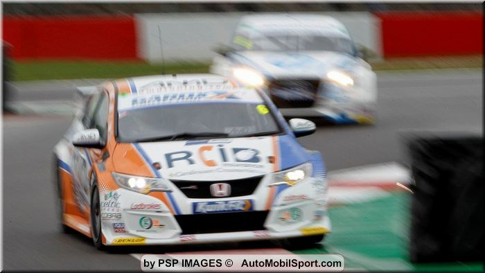 Cobra Sport AmD with AutoAid/RCIB Insurance Racing maintains strong start at Donington Park