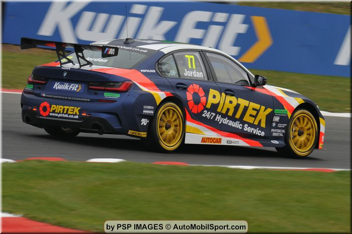 BMW Pirtek Racing keen to build momentum at Donington Park