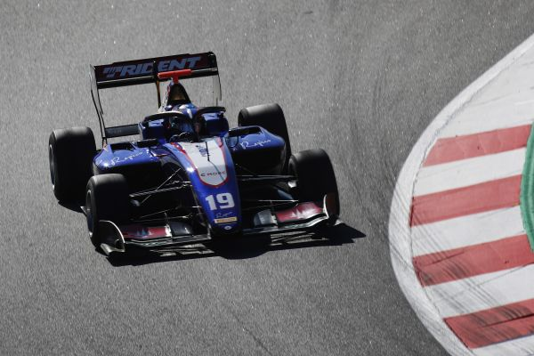 Pedro Piquet sets the tone in Barcelona