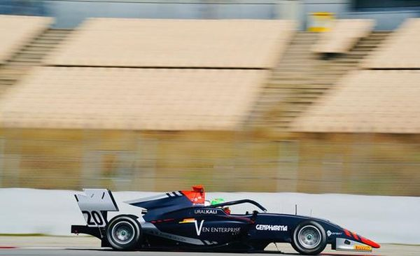 Barcelona FIA F3 Warm Up with Leonardo Pulcini, Hitech Grand Prix