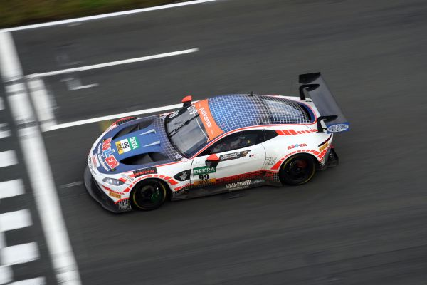 n-tv reports about the return of Aston Martin to the ADAC GT Masters