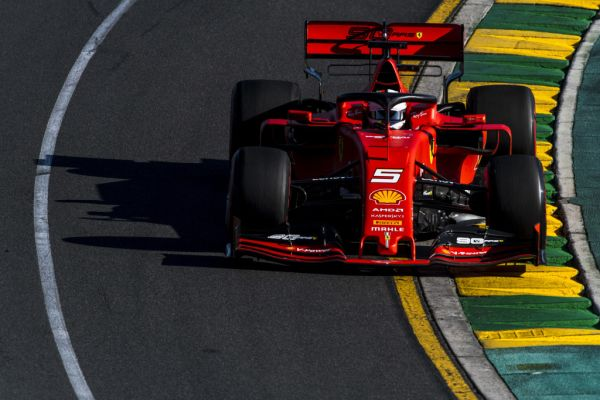 Second and third row for Ferrari in Australian GP