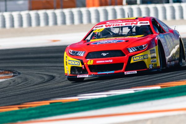 Racing Engineering starts the NASCAR GP Spain leading both divisions