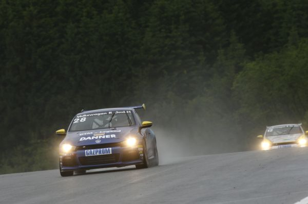 Nürburgring: World Rally Champions versus DTM legends