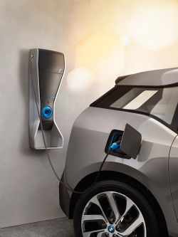 BMW i seals partnership deal to provide home charging installation service in the UK.