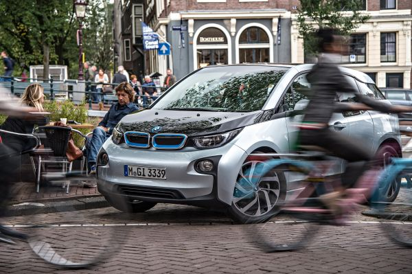 ISO certificate for environmental footprint of the BMW i3.