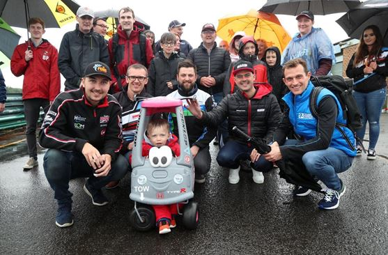 Saturday fundraiser sets the scene ahead of BTCC Croft race day