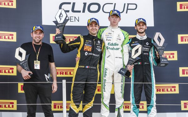 Jack Young dominates the Clio Cup Open at Circuit Paul Ricard
