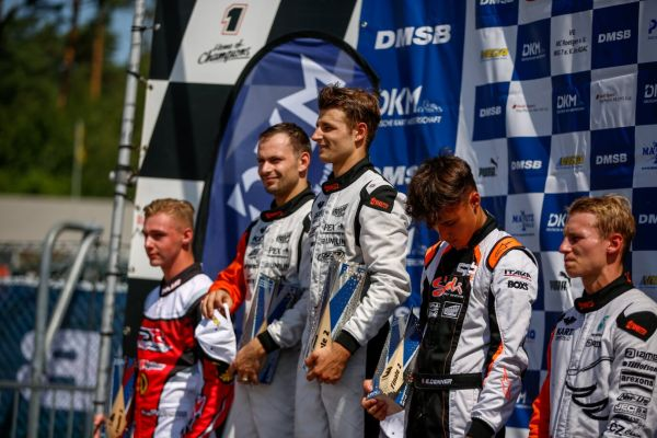 DSKM: Victories for Riccardo Longhi and Stan Pex