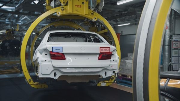 Artificial intelligence in BMW Group Production- Fast, efficient, reliable