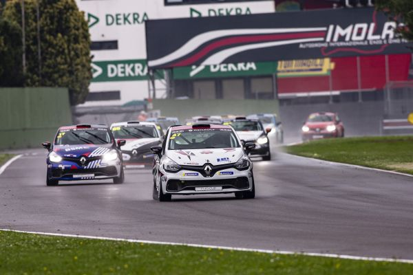 Guldenfels unbeatable at Imola in Clio Cup France