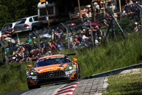 Mercedes-AMG starts with front row lock-out for Nürburgring 24-hour race