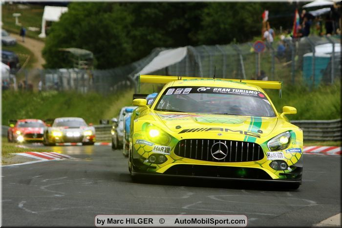 Mercedes-AMG with bad luck in the morning hours, but still four cars in the top ten