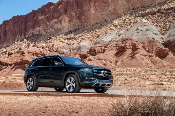 The new Mercedes-Benz GLS: The S-Class of SUVs at a glance