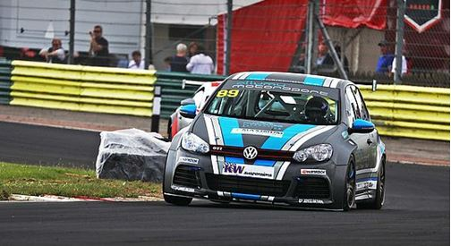 Volkswagen Racing Cup UK - Josh Coggan and Rob Allum win on the Croft Circuit