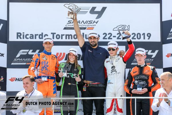 Franco Colapinto and Drivex claim dominant hat trick in Valencia