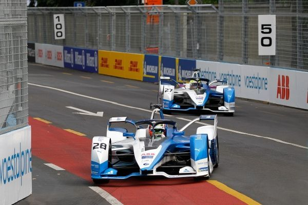 BMW i Andretti Motorsport misses out on the points at the Swiss E-Prix in Bern.