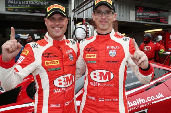 British GT3 Brands Hatch: Balfe and Bell combine to secure maiden pole for new McLaren