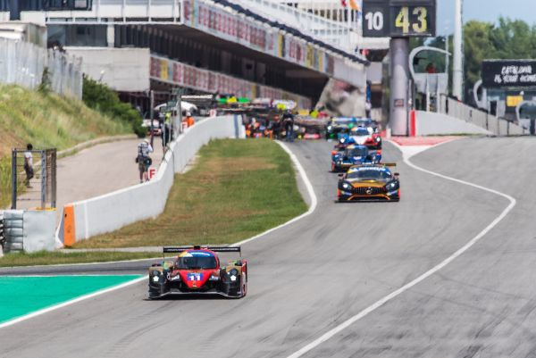 Racing Experience back on track with sixth place finish in Barcelona
