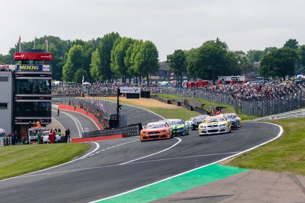 NASCAR GP UK - Who will win the throne at Brands Hatch?
