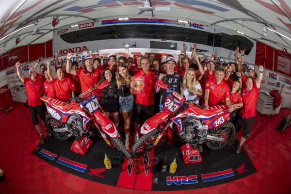 Gajser wins in the deep sand of Lommel to set more records - results,standings