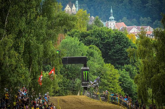 Febvre and Prado dominant in Czech Republic