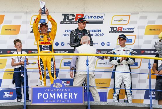 A double podium for Tom Coronel with his DHL Honda Civic Type R in TCR Europe at Oschersleben