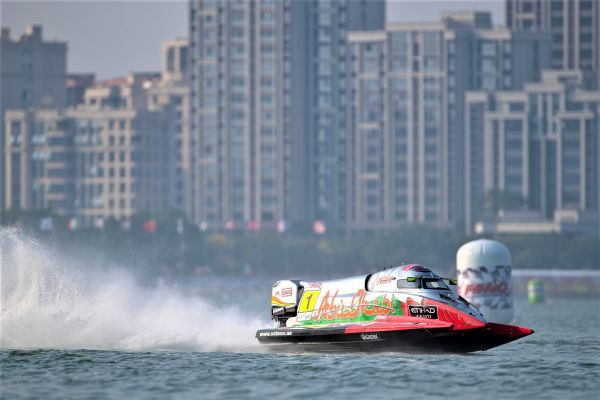 Torrente sets sights on fightback victory after Carella takes opening F1H2O win China