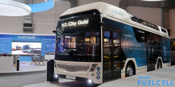 CaetanoBus SA launches first hydrogen bus with Toyota fuel cell technology