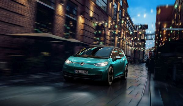 Volkswagen electric car ID.3 communicates using light
