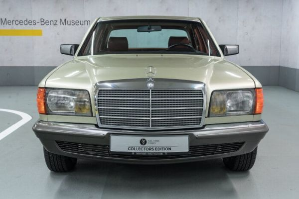 126 Series Mercedes Benz S-Class - From status-conscious luxury saloon to popular young classic