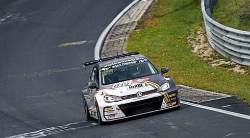 VLN - Second place for Preisig, Prattes and Leuchter on the Nordschleife