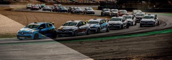 FFSA Renault Clio Cup France first titles in Magny-Cours?