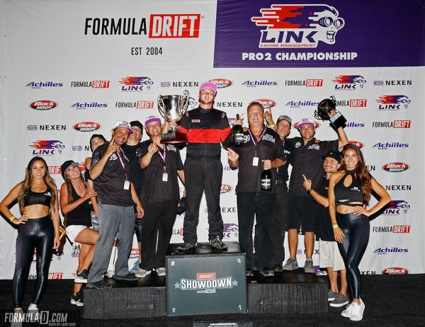 Trent Beechum crowned PRO2 Champion, Chelsea Denofa wins Pro Category as Formula Drift storms into Texas