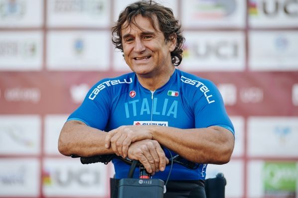 Alex Zanardi: Treble at the Para-cycling World Cup in Canada
